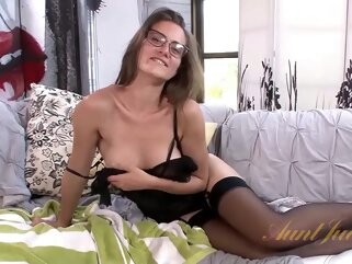 Ozeex amateur brunette hairy