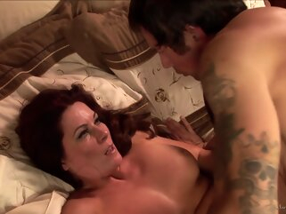 Ozeex big tits handjob hd