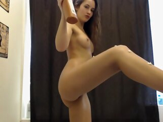 Ozeex amateur brunette hd